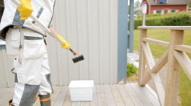 Talon pesu ennen maalausta